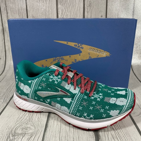Brooks Revel 3 Ugly Christmas Running Shoes Sz 6